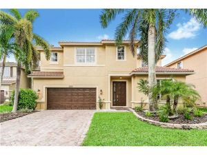 3906 Cascade Ter. Weston, Florida - Hometaurus