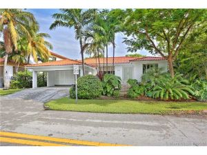 101 Hampton Ln. Key Biscayne, Florida - Hometaurus