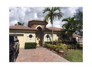 22522 SW 93rd Psge. Cutler Bay, Florida - Hometaurus