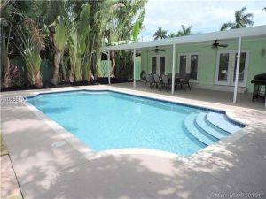 1411 Hayes St. Hollywood, Florida - Hometaurus