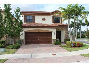 10011 NW 87th Ter. Doral, Florida - Hometaurus