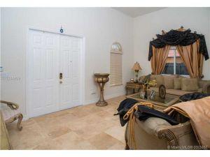 15242 SW 161st St. Miami, Florida - Hometaurus