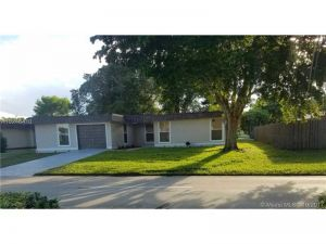 6703 Brookwood Blvd. Tamarac, Florida - Hometaurus