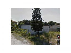 1565 W 16th St. Riviera Beach, Florida - Hometaurus