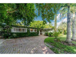 395 Harbor Ct. Key Biscayne, Florida - Hometaurus