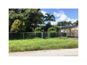 7620 SW 19th Ter. Miami, Florida - Hometaurus
