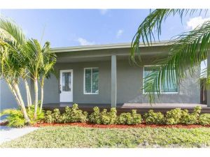 215 NE 26th St. Pompano Beach, Florida - Hometaurus