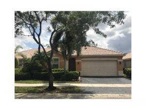 4273 Pine Ridge Ct. Weston, Florida - Hometaurus