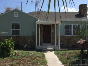 922 30th Ct. West Palm Beach, Florida - Hometaurus