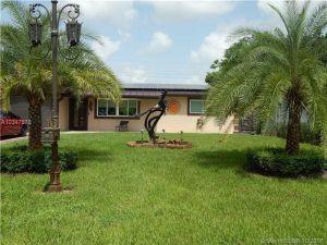 8301 Johnson St. Pembroke Pines, Florida - Hometaurus