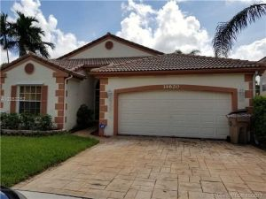 14620 Cedar Creek Pl. Davie, Florida - Hometaurus