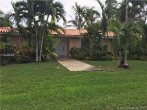 7440 SW 163 St. Palmetto Bay, Florida - Hometaurus