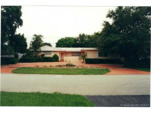 4300 Garfield St. Hollywood, Florida - Hometaurus