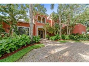 5768 SW 94th St. Pinecrest, Florida - Hometaurus