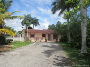 30180 SW 163rd Ave. Homestead, Florida - Hometaurus