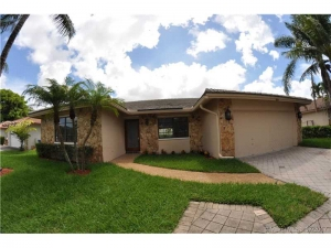 633 NW 113th Ter. Coral Springs, Florida - Hometaurus