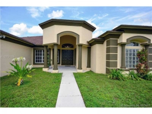 6613 Hall Blvd. Loxahatchee, Florida - Hometaurus