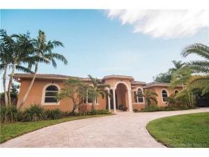 8086 SW 185th Ter. Cutler Bay, Florida - Hometaurus
