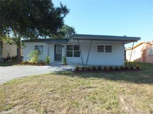 2749 SW 9 St. Fort Lauderdale, Florida - Hometaurus