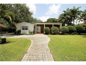 657 N Greenway Dr. Coral Gables, Florida - Hometaurus