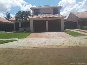 15025 NW 88th Ct. Miami Lakes, Florida - Hometaurus