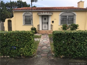 2216 SW 24th St. Miami, Florida - Hometaurus