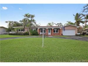 7340 SW 130th St. Pinecrest, Florida - Hometaurus