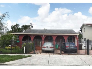 879 E 24th St. Hialeah, Florida - Hometaurus