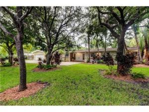11625 SW 69th Ct. Pinecrest, Florida - Hometaurus