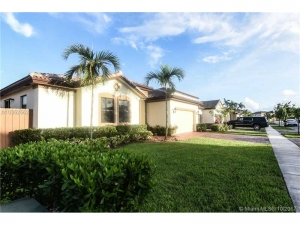 147 SE 36 Ave. Homestead, Florida - Hometaurus
