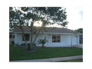 6114 S Carthage Cir S. Lakeworth, Florida - Hometaurus