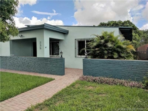 235 SW 48th Ct. Miami, Florida - Hometaurus