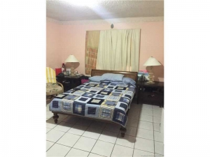 6759 SW 15th St. Miami, Florida - Hometaurus