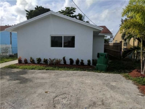 4531 NW 195th St. Miami Gardens, Florida - Hometaurus