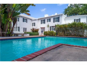 3599 N Moorings Wy. Coconut Grove, Florida - Hometaurus