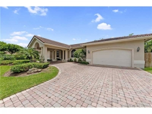 7914 SW 153 Ter. Palmetto Bay, Florida - Hometaurus
