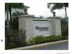 2905 NE 4th St. Homestead, Florida - Hometaurus