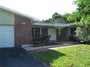 18401 SW 85th Ct. Cutler Bay, Florida - Hometaurus