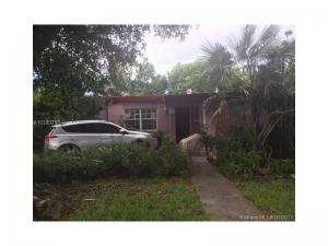 1290 W 63rd St. Hialeah, Florida - Hometaurus