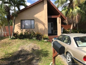13630 SW 287th Ter. Homestead, Florida - Hometaurus