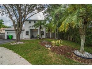 5200 NW 94th Ter. Sunrise, Florida - Hometaurus