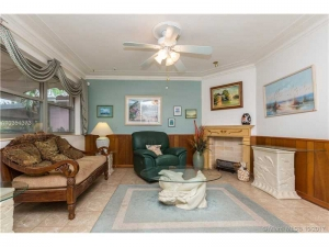 901 NE 109th St. Biscayne Park, Florida - Hometaurus