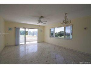 1700 Pierce St #304. Hollywood, Florida - Hometaurus