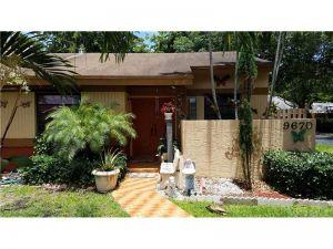 9670 SW 152nd Ave #8. Miami, Florida - Hometaurus