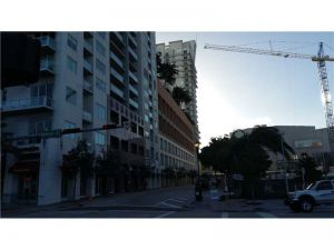 234 NE 3rd St #Lph07. Miami, Florida - Hometaurus