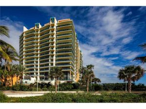 1455 Ocean Dr #1501. Miami Beach, Florida - Hometaurus