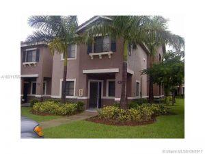 22821 SW 88th Pl #1-20. Cutler Bay, Florida - Hometaurus