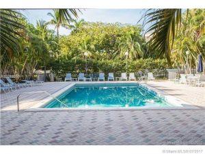 235 E Enid Dr #47. Key Biscayne, Florida - Hometaurus