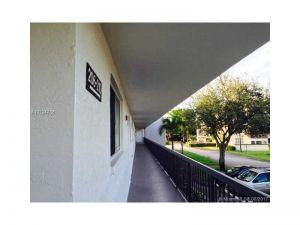7400 NW 17th St #207. Plantation, Florida - Hometaurus