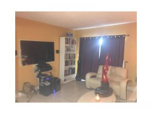 2680 W 76th St #212. Hialeah, Florida - Hometaurus